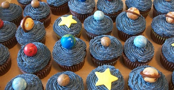 science cupcakes, planet and solar system cupcakes